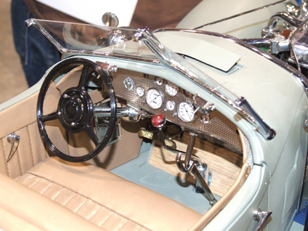 The interior is just as detailed as the engine. (Photo courtesy of CraftsmanshipMuseum.com)