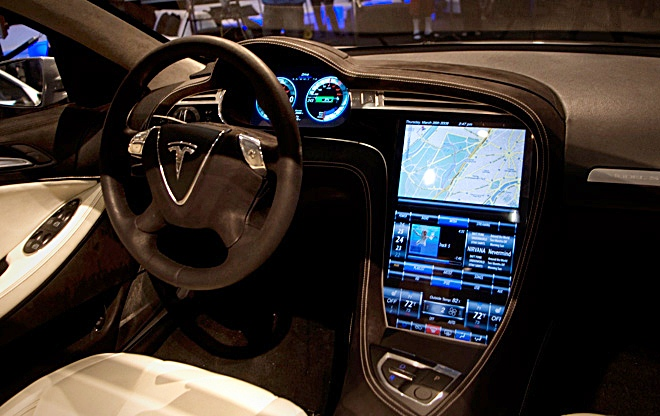 The Model S' interior is dominated by that 17-inch touchscreen. (Jim Motavalli photo)