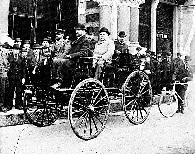 William Morrison (one of those bearded guys) with his 14-mph car, which was widely acclaimed at the Columbian Exhibition in 1893.