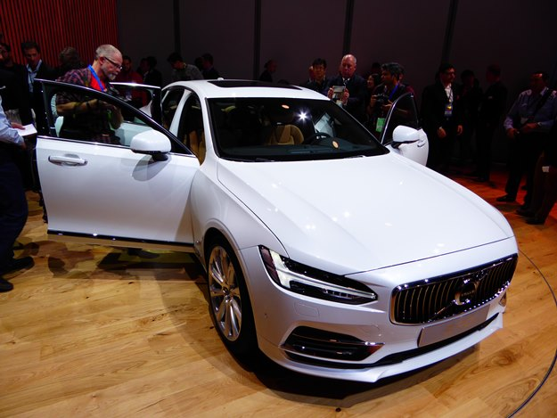 The lovely Volvo S90 luxury sedan--it comes as a plug-in hybrid, too. (Jim Motavalli photo)