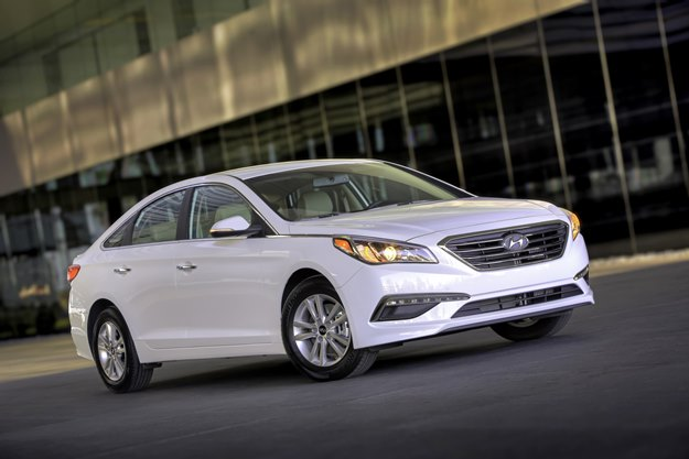 The Sonata Eco gets 38 mpg on the highway, 28 in the city. Darned good for a midsized sedan. (Hyundai photo)