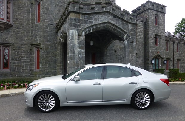 The Hyundai Equus in Rye: A giant killer? (Jim Motavalli photo)