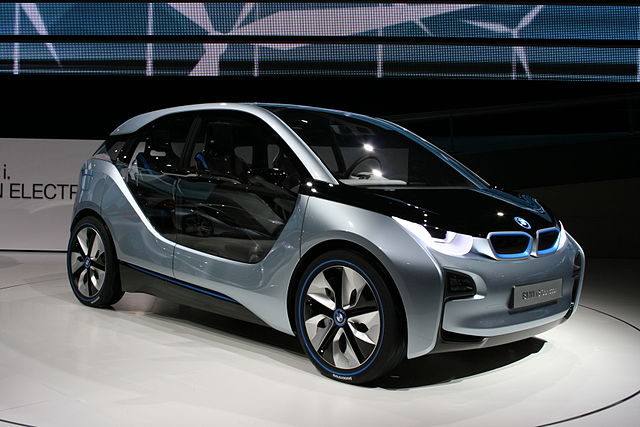 The BMW i3 makes extensive use of carbon fiber and natural materials. (Wikimedia photo)