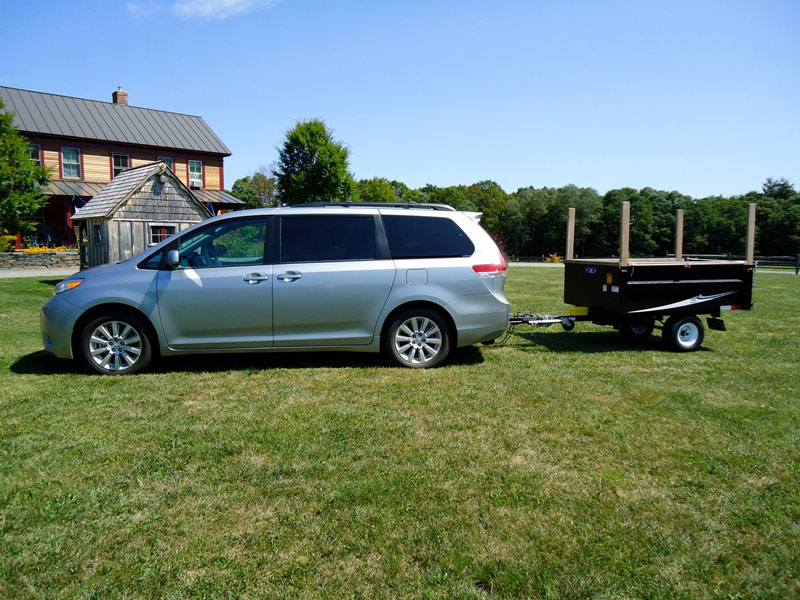 It takes a real man to pay extra to have a trailer-hitch installed on his minivan. (Tom Bodett photo)